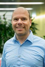 Dr. Knud Nairz, MBA (Inselspital, Universitätsspital Bern)