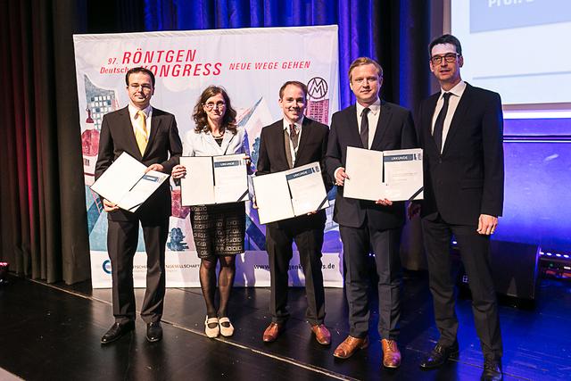 vlnr: Jan Woetzel, Heike Seyffarth, Dr. Christer Ruff, Prof. Fabian Bamberg, Akademie-Vorsitzender Prof. Dr. Michael Uder