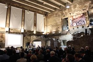 Mit einem festlichen Symposium feierte der NAR sein 90-jähriges Bestehen in der Charité-Hörsaalruine.