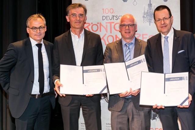 V.l.n.r.: Prof. Dr. Arnd Dörfler, Prof. Dr. Peter Reimer, Prof. Dr. Ansgar Berlis, Prof. Dr. Peter Landwehr. Prof. Dr. Werner Weber und Prof. Dr. Andreas Mahnken konnten an der Verleihung leider nicht teilnehmen.