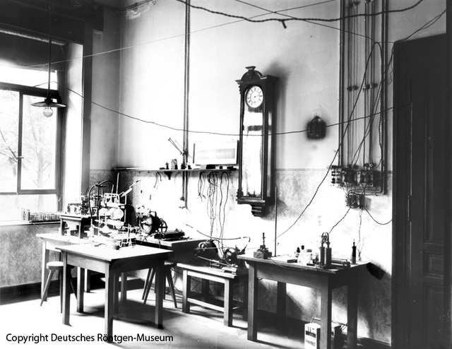 Das Labor von Wilhelm Conrad Röntgen im Physikalischen Institut der Universität Würzburg.
