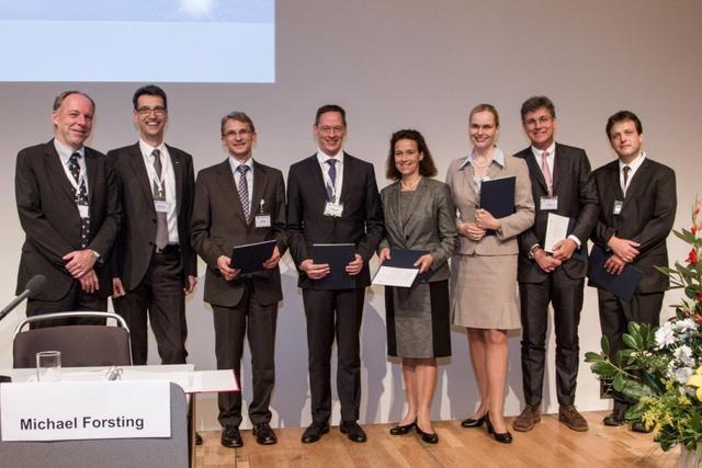 Von links nach rechts: M. Forsting, M. Uder, J. Lotz, J. Weßling, B. Madsack, B. Ertl-Wagner, G. Voshage, A. Malich